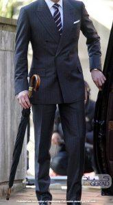 پوشت گراد و کراوات مردانه